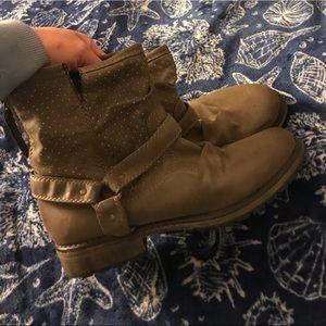 Roxy boots, super cute!!